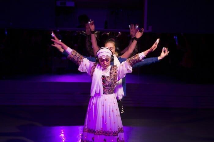 BaharHussieni från Afghanistan är en av de kvinnor som deltar i communitydansprojektet,