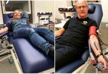 Malin och Patrik Karlsson från Vänersborg ger blod tre gånger per år och alltid tillsammans. Foto: Erik Torstensson