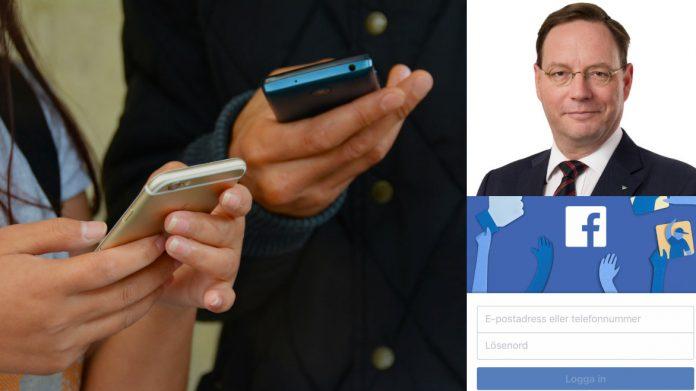 Personer som skriver på mobiltelefoner, kommunikationsdirektör Erik Lagersten och Facebooks logotype