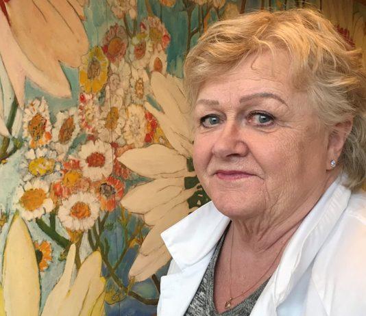 Eva Lindahl som jobbat på samma arbetsplats i 50 år